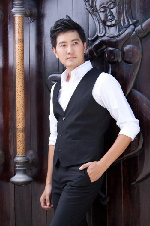 Nguyễn Phi Hùng: