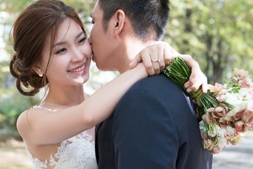 Điểm danh những bà bầu mới của showbiz Việt 2016-4