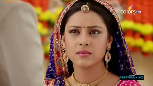 """Nhìn lại quãng đời vật vã vì tình của Anandi 2 trong """"Cô dâu 8 tuổi""""-14"""
