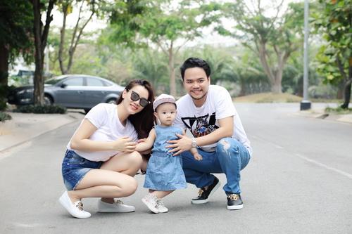 Con gái Trang Nhung cực hóm hỉnh đón sinh nhật đầu tiên-11
