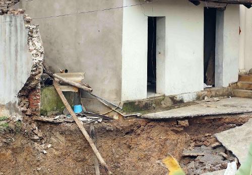 'Hố tử thần' rộng 10 mét xuất hiện ở Hà Nội-7