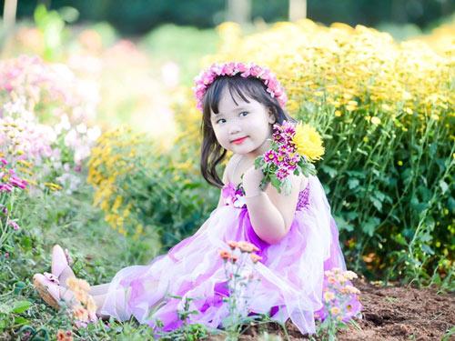 vo nguyen ha uyen - ad60554 - cong chua nho tren dong hoa - 2