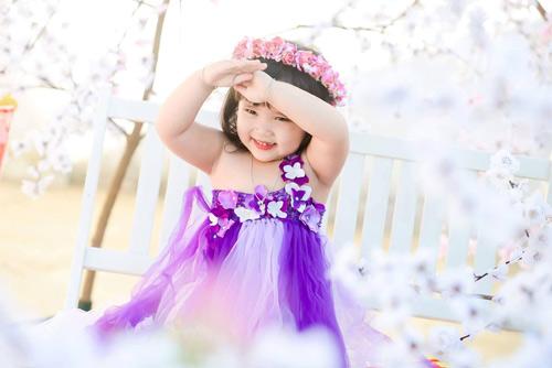 vo nguyen ha uyen - ad60554 - cong chua nho tren dong hoa - 3