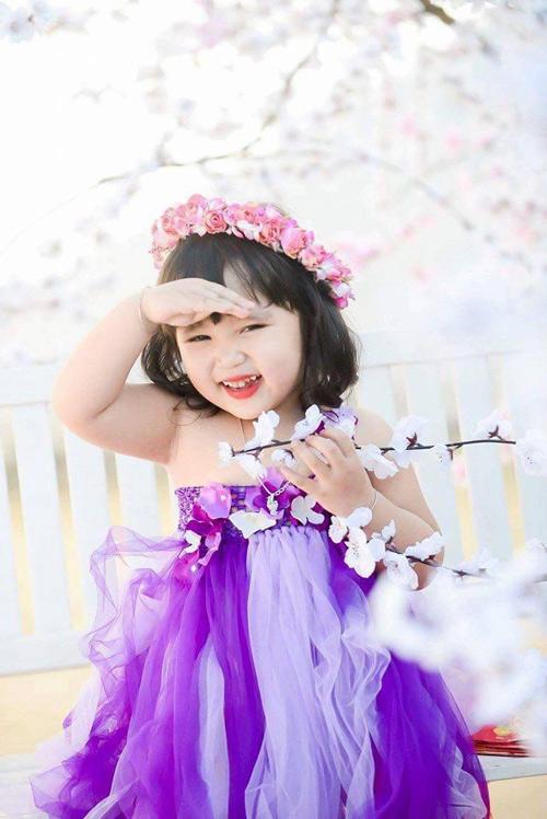 vo nguyen ha uyen - ad60554 - cong chua nho tren dong hoa - 6