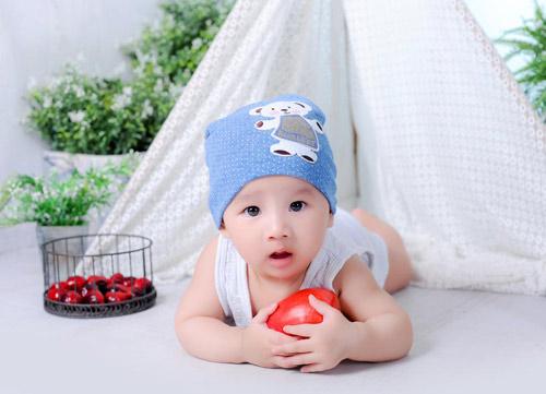 nguyen vu long - ad30536 - chang trai mat hien - 4