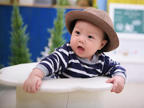 nguyen quang dai - ad18725 - chang trai hot boy nhi - 1