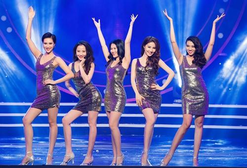 """pham huong xinh tuoi """"do sac"""" diem my 9x tai su kien - 9"""