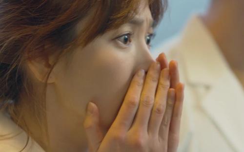 song hye kyo chet lang khi thay song joong ki toan than day mau - 4