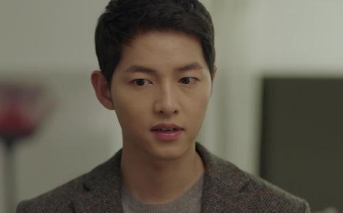 song hye kyo chet lang khi thay song joong ki toan than day mau - 8