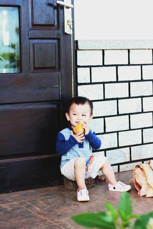 hò nhu bảo khang - ad72967 - chang trai ma lum dong tien - 1