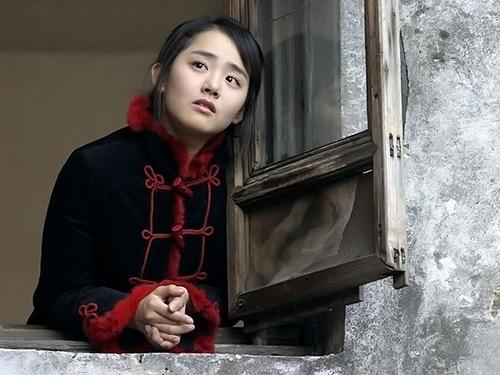 co mot nang ngheo giua pho cheongdam dong - 9