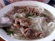 Tin trong nước - Hà Nội: Trả tiền phở bò, người dân ăn toàn thịt lợn