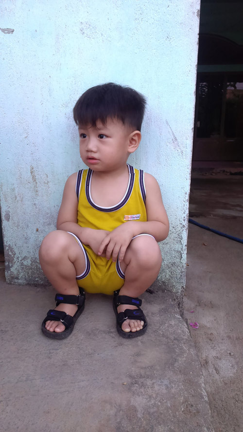 duong khang - ad16697 - bobo mat den lay - 1
