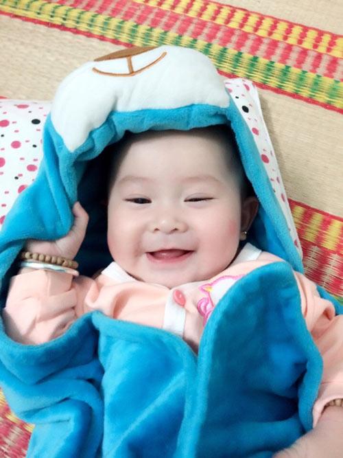 phan nguyen gia han - ad14900 - ma tham moi hong - 3