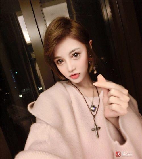 cong dong mang xon xao vi bup be song sinh nam 1995 - 10
