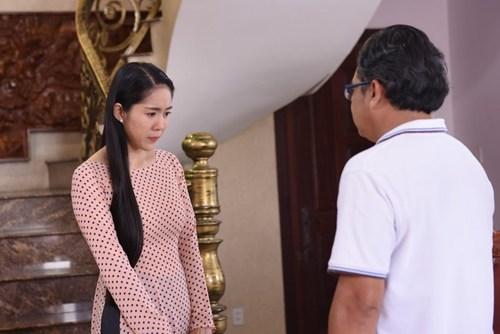 """""""tran do bat quai"""": le phuong bi bao hanh vi sinh con ngoai gia thu - 1"""