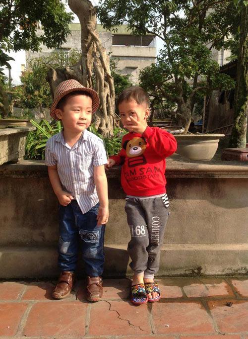 hoang dinh bao nam - ad11962 - soc nhi dien trai - 4
