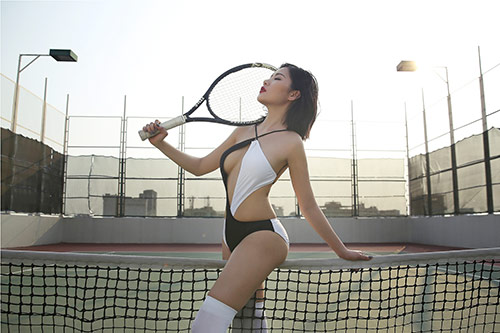 milan pham nong bong hut anh nhin tren san tennis - 7