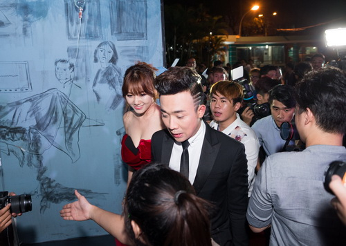 "tran thanh - hari won lien tuc tinh tu ""gay bao"" - 1"