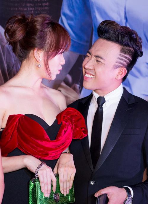 "tran thanh - hari won lien tuc tinh tu ""gay bao"" - 8"