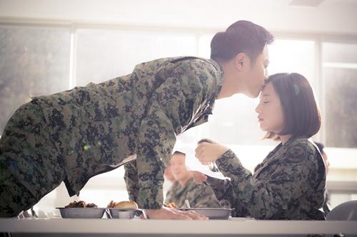 """khi song joong ki - song hye kyo bi cap doi """"ngon tinh"""" lan at - 7"""
