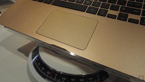 "laptop ""sieu mau"" cua lg gia tu 1.100 usd - 10"