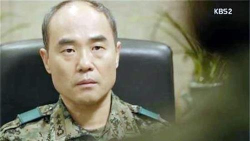 """song joong ki: """"hen ho song hye kyo? dung ha thap tien boi"""" - 7"""