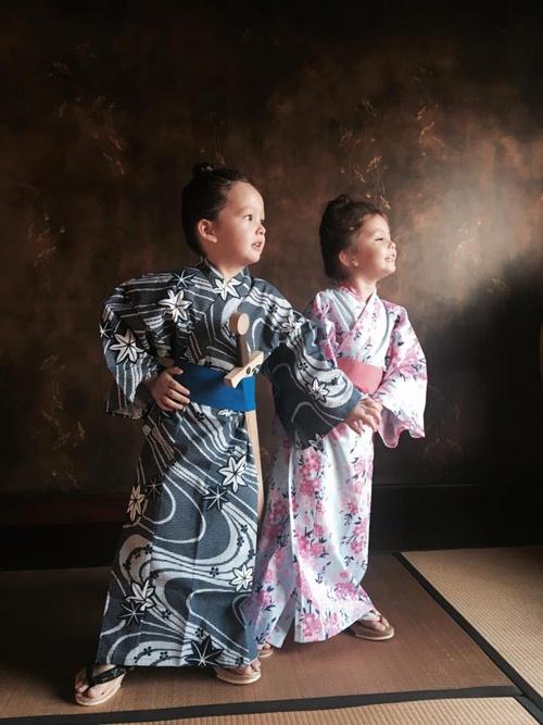 2 be tom - tep nha hong nhung de thuong khi mac kimono - 2