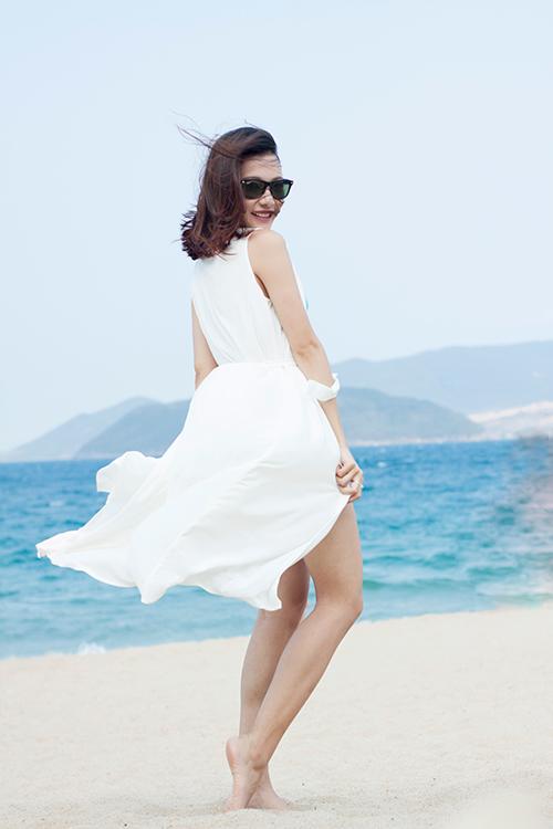 Điểm danh các loại váy áo cần phải có khi đi biển-12