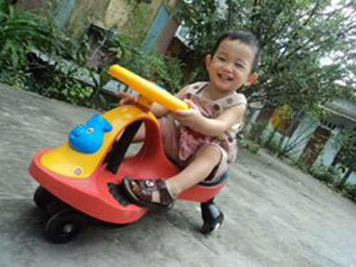 hoang the khang - ad23293 - chang trai hieu dong - 9