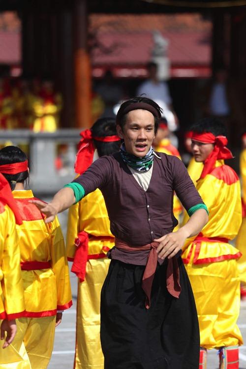 lincoln gia gai xau xi, huong giang idol lam thi no - 10