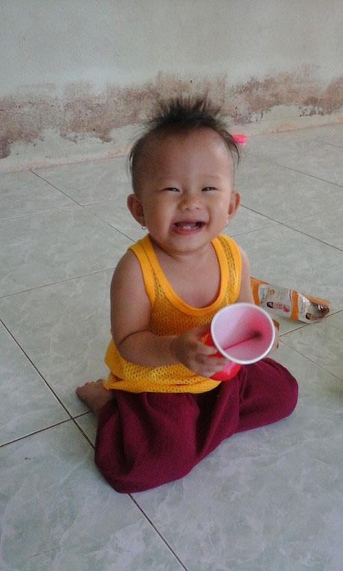 luu bao nghi - ad19206 - be con hieu dong - 2