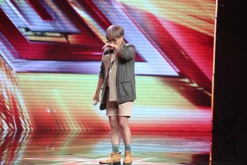 """man thi hai huoc tai vietnam idol cua chang trai vua """"gay sot"""" x-factor - 2"""
