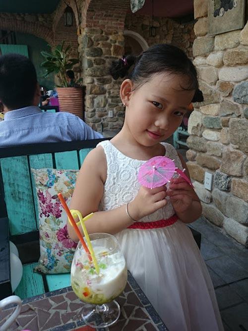 nguyen phan tuong vy - ad18634 - co be dieu da - 5