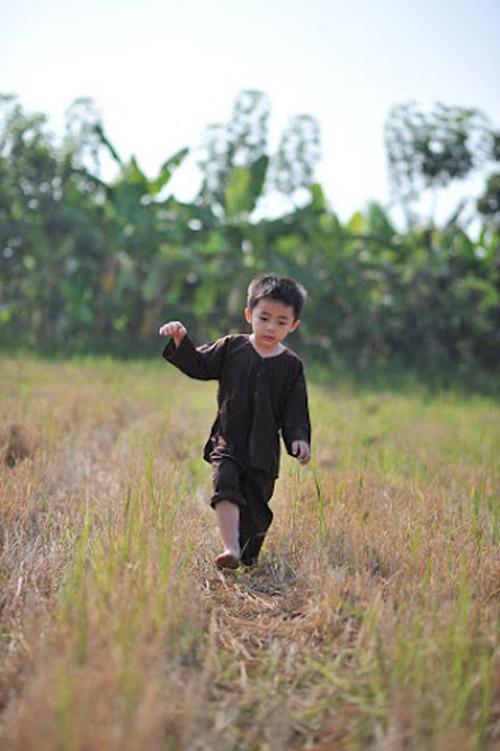 pham hoang long - ad10489 - chang nong dan can man - 1