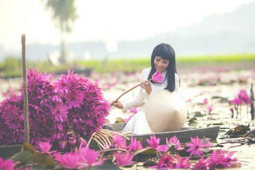 """phuong thanh mac ao dai diu dang nhu """"gai que"""" - 2"""