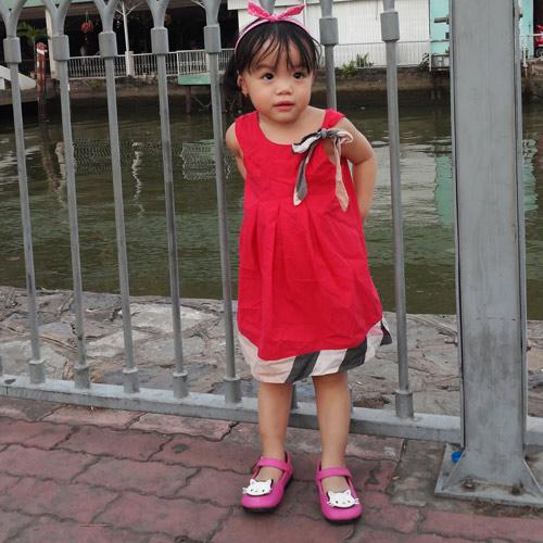 le tran nhat thy - ad23598 - co nang xinh xan - 1