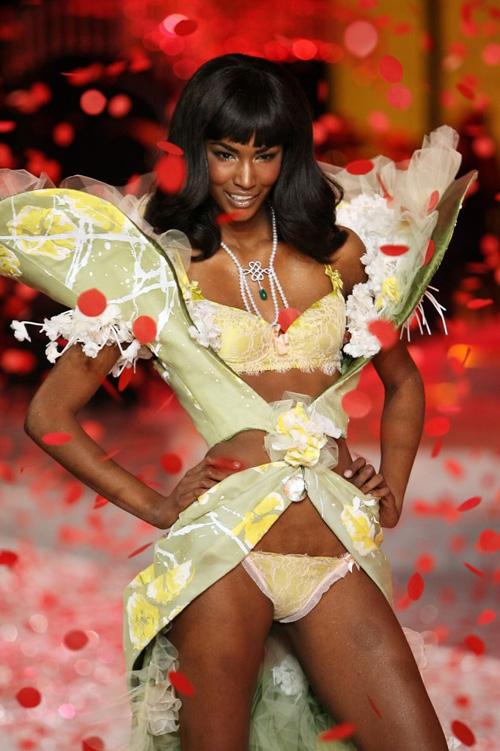 nguoi mau victoria's secret toi viet nam du fashion week - 1
