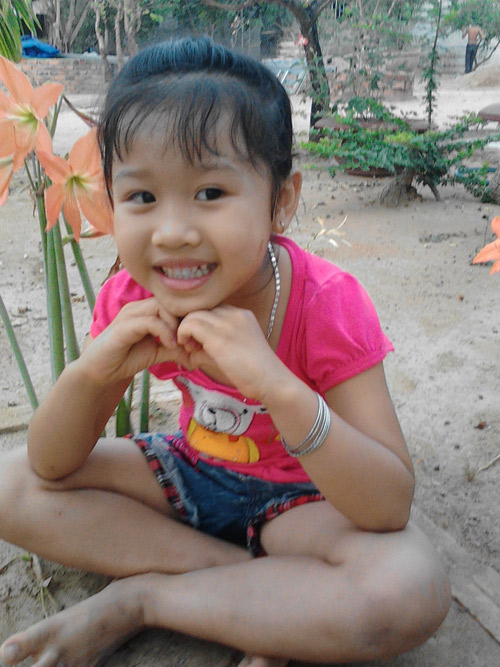 Nguyễn Hồng Linh - AD45092 - Cô bé điệu đà-1