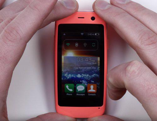 Ra mắt chiếc smartphone Android nhỏ nhất thế giới-2