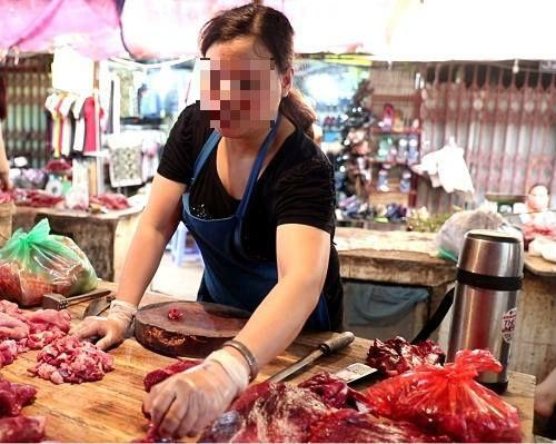 """Biến thịt lợn thành thịt bò với loại """"phụ gia"""" chỉ 15.000 đồng-1"""