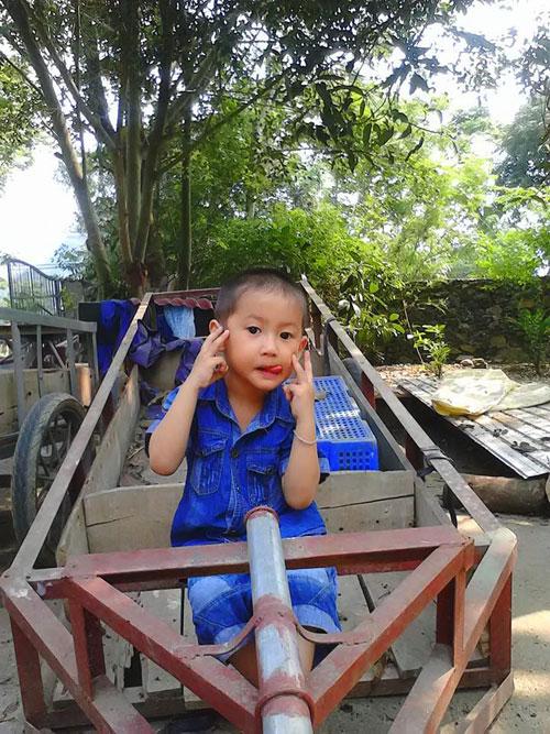 cao binh hung anh - ad18663 - meo moc tinh nghich - 2