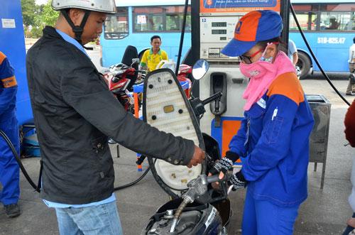 Giá dầu giảm, ai hưởng?-3