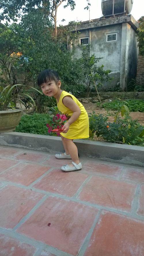 Nguyễn Ngọc Hà My - AD20252 - Cô bé hiếu động-4