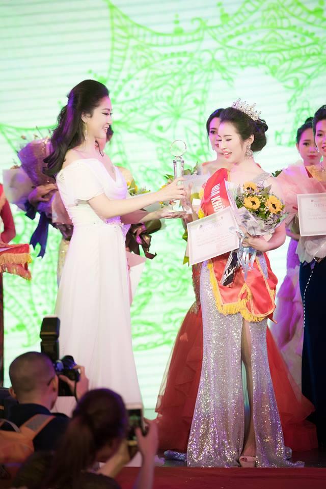 Thổn thức vì nhan sắc vượt thời gian của HH Nguyễn Thị Huyền-5