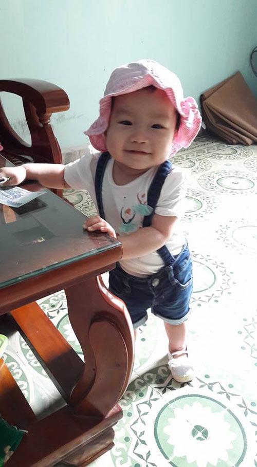 tran thuy duong - ad18618 - sukem mat cuoi tinh nghich - 9