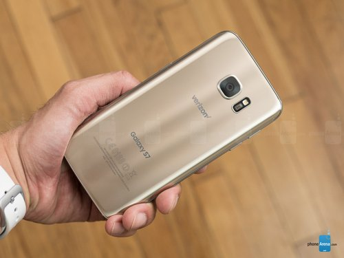 top smartphone android dang mua nhat thang 4 - 2