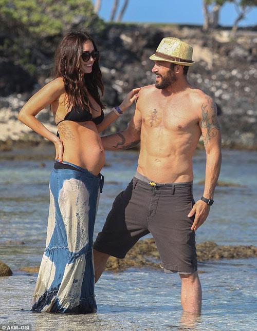 3 lần mang bầu, Megan Fox đều đẹp đến ghen tị-14