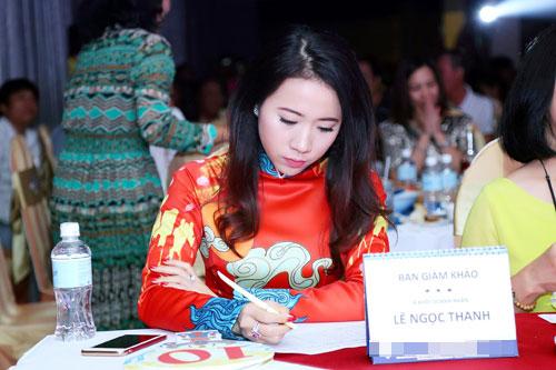 Á khôi Lê Ngọc Thanh nổi bật bên ca sĩ Cẩm Vân-2