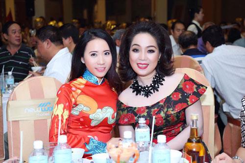 Á khôi Lê Ngọc Thanh nổi bật bên ca sĩ Cẩm Vân-6